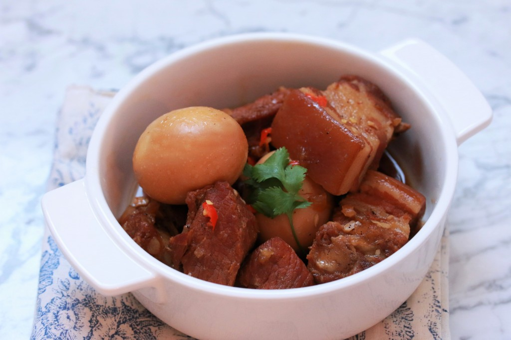 Thit Kho Nuoc Dua | Vietnamese Braised Pork Belly and Egg in Coconut Juice Recipe | Plated Palate