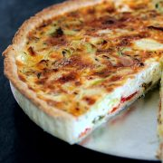 Roasted Pepper and Leek Quiche Recipe | Homemade shortcrust pastry | pâte brisée | platedpalate.com